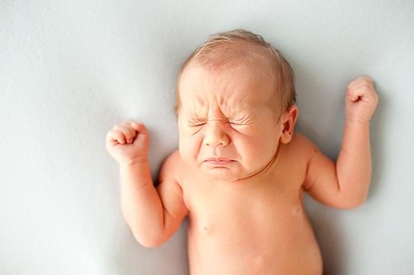 Trẻ xì hơi nhiều bất thường cảnh báo hệ tiêu hóa của trẻ có vấn đề