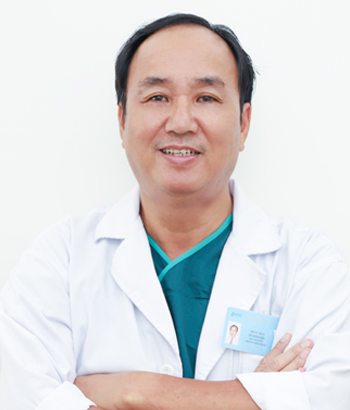 Tiến sĩ, Bác sĩ, Thầy thuốc ưu tú Lê Minh Sơn – PGĐ Bệnh viện, Trưởng khoa Ngoại