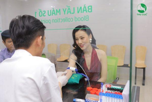 diễn viên phương oanh lựa chọn nội soi tại phòng khám nội soi tại mũi họng thu cúc