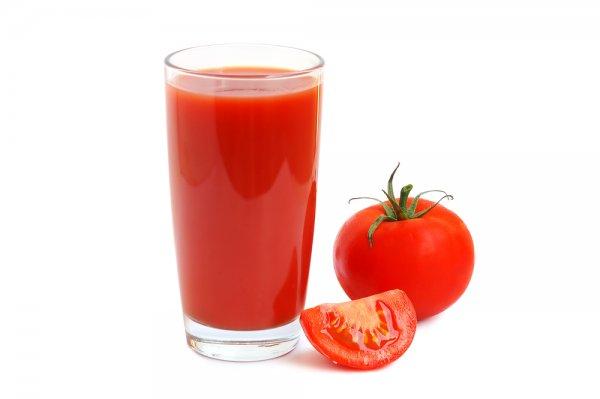 Nước cà chua ép bổ dưỡng và giúp giảm nhiệt miệng ở trẻ
