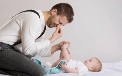 Trẻ sơ sinh đi ngoài có bọt: mẹ có cần lo lắng về hiện tượng này?