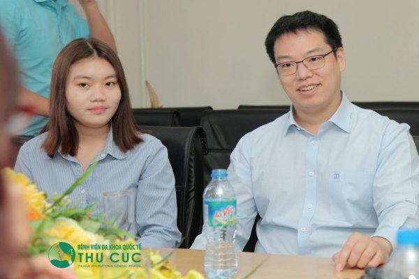 Thu Cúc khám sức khỏe cho Công ty Samsung