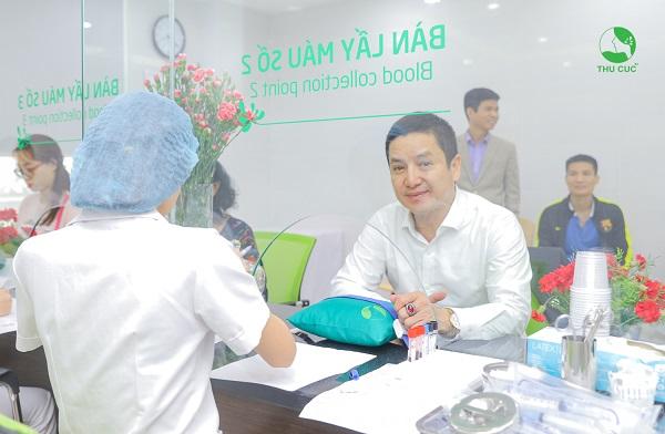 NSƯT Chí Trung tin tưởng lựa chọn khám chữa bệnh tại Thu Cúc