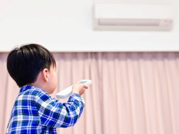 Trẻ bị ho phần lớn là do viêm đường hô hấp gây nên