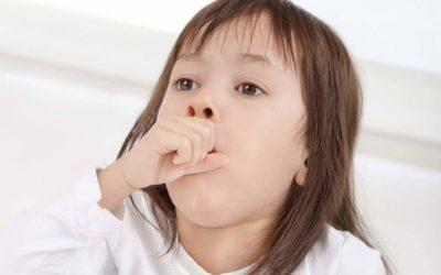 """""""Giải mã"""" bí ẩn các cơn ho ở trẻ và biện pháp điều trị ho an toàn nhất, mẹ nên biết!"""