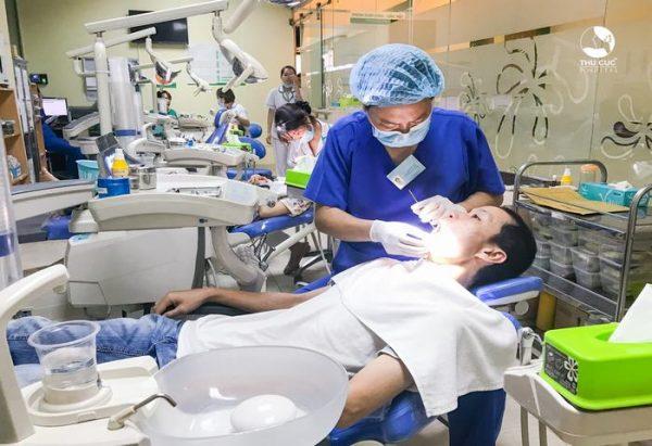 nhổ răng khôn tại thu cúc