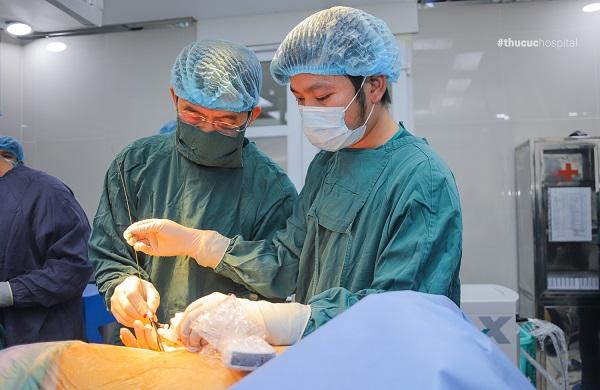 Phương pháp tán sỏi nội soi qua da tại Bệnh viện ĐKQT Thu Cúc