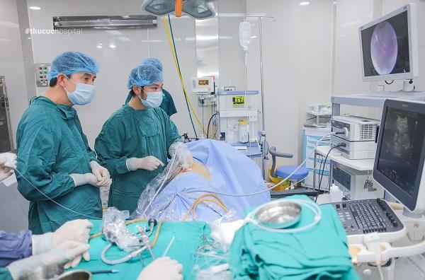 Điều trị sỏi thận bằng phương pháp tán sỏi qua da tại Thu cúc