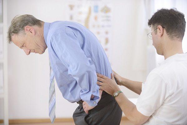 triệu chứng thoái hóa khớp vai