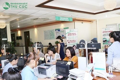 Khám sức khỏe định kỳ cho cán bộ công nhân viên