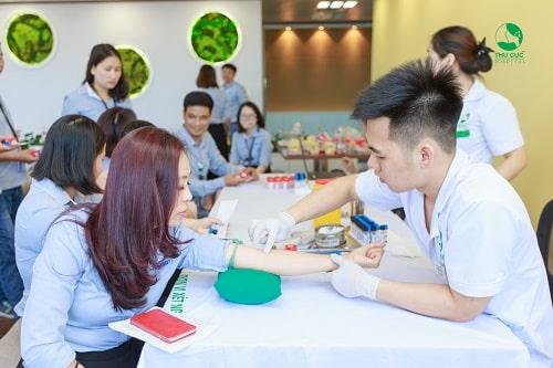 Xét nghiệm máu khám sức khỏe doanh nghiệp
