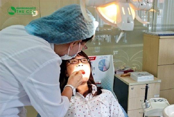 nhổ răng bao lâu thì lành
