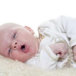 Các biểu hiện viêm phổi ở trẻ sơ sinh ba mẹ cần lưu ý