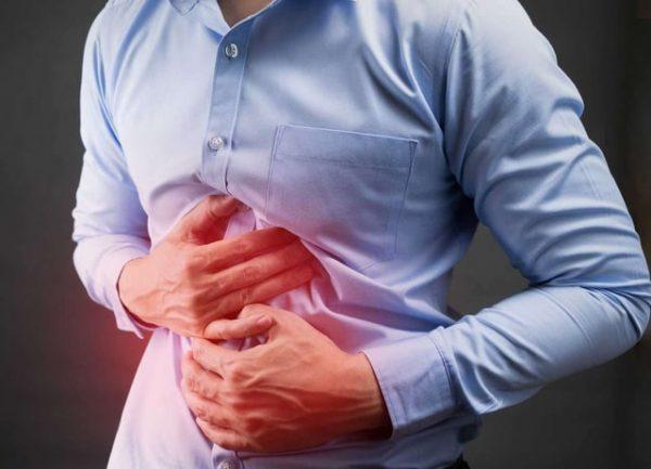 Bệnh đau đại tràng chủ yếu là do các vết viêm, loét tại đại tràng gây ra