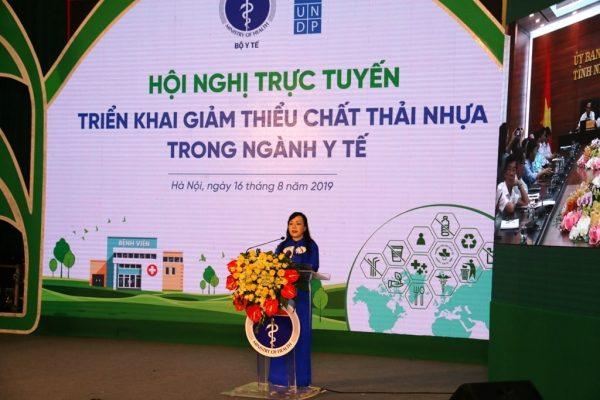 Bộ trưởng Bộ y tế Nguyễn Thị Kim Tiến phát động phong trào Giảm thiểu rác thải nhựa trong ngành Y tế.