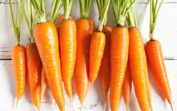 cà rốt là thực phẩm giúp bổ sung máu