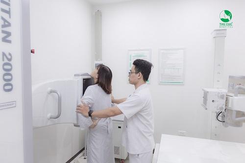 Sàng lọc ung thư vú tại thu cúc khám những gì