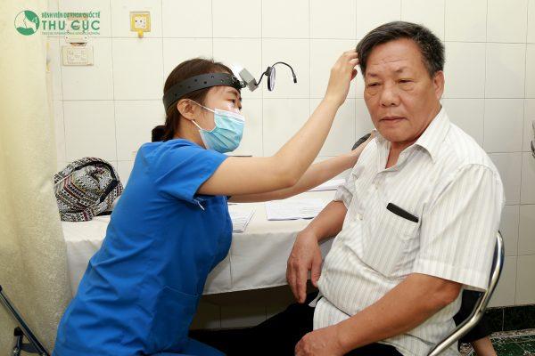 Điều trị đau nhức vành tai