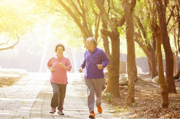 phòng tránh bệnh tim mạch ở người cao tuổi