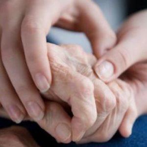 Khớp ngón tay bị đau làm thế nào cho mau khỏi?