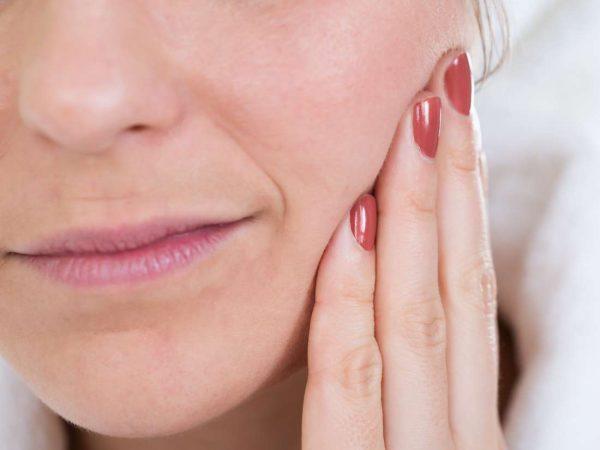 Biểu hiện của mọc răng khôn
