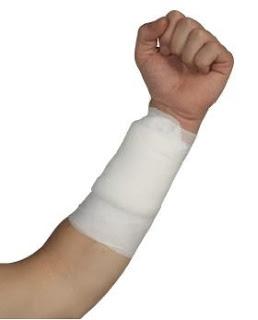 sơ cứu vết thương gây chảy máu ngoài
