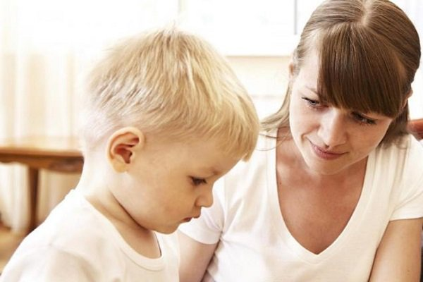 biểu hiện trẻ chậm nói