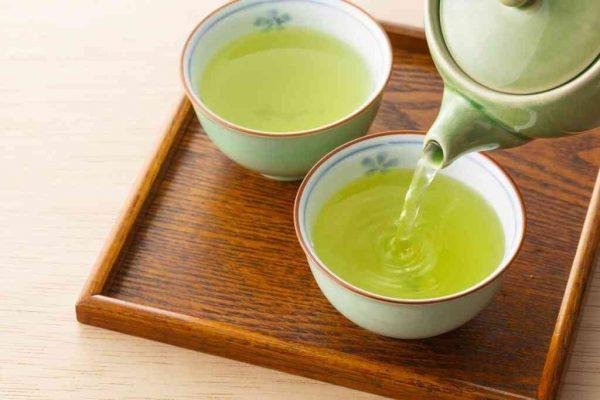 Bị sỏi thận có nên uống trà không là câu hỏi nhiều người thắc mắc