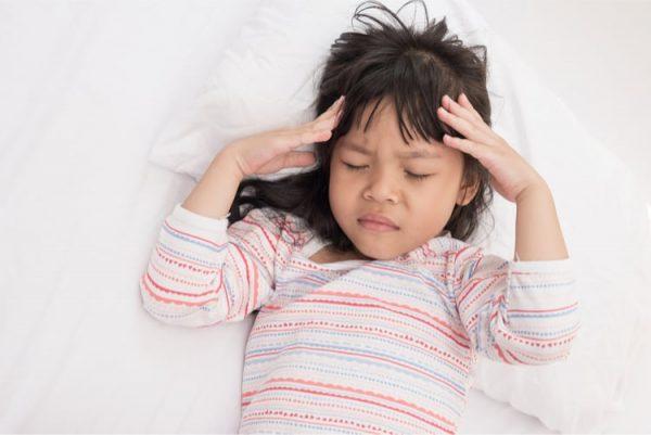 đau đầu ở trẻ em
