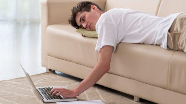 Thói quen gây sỏi tiết niệu ở người trẻ