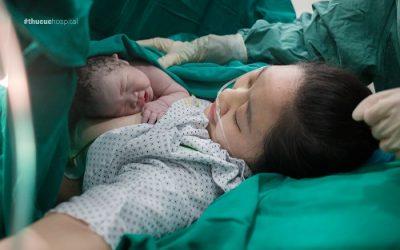 Bé trai chào đời với 3 vòng dây rốn quấn cổ tại Bệnh viện ĐKQT Thu Cúc
