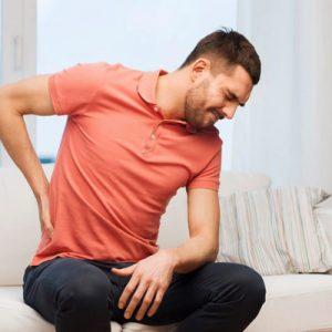 Bật mí với bạn: Cách phân biệt đau do sỏi thận và đau lưng