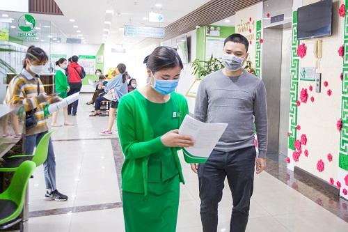 hinh-anh-bi-nhiem-virus-corona-co-dieu-tri-duoc-khong-2