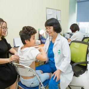 Kiểm tra sức khỏe định kỳ cho bé cần lưu ý gì trước buổi thăm khám?