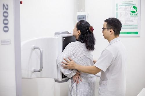 Khám sức khỏe tổng quát giúp mọi người phát hiện sớm các bệnh lý có nguy cơ tiềm ẩn