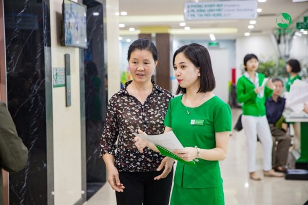 Cô Thường tin tưởng lựa chọn thăm khám sức khỏe tại Bệnh viện Thu Cúc