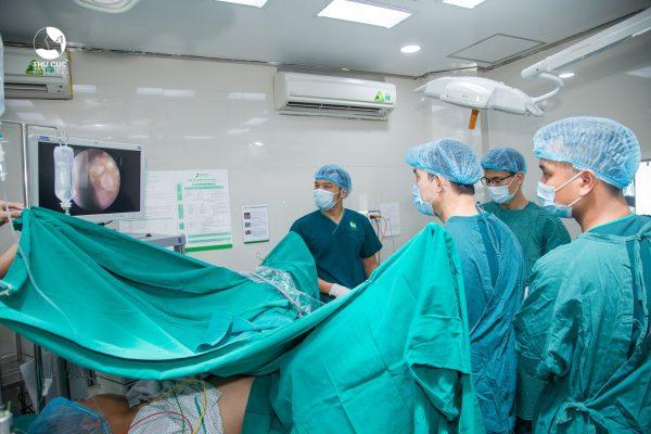 Hiệu quả của phương pháp tán sỏi nội soi ngược dòng bằng laser