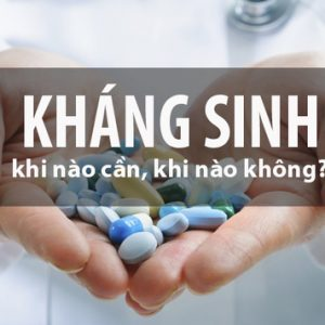 """Nguy hiểm """"rình rập"""" nếu dùng thuốc kháng sinh cho trẻ sai cách"""