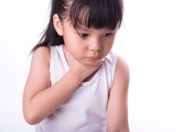 hóc dị vật ở trẻ em