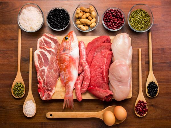 Nguy cơ sỏi thân, sỏi tiết niệu khi ăn... quá nhiều thịt