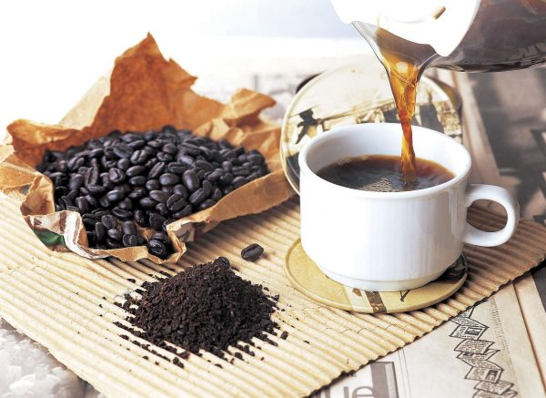 sỏi thận có nên uống cà phê