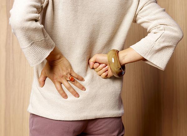 Mối liên hệ giữa sỏi tiết niệu và loãng xương