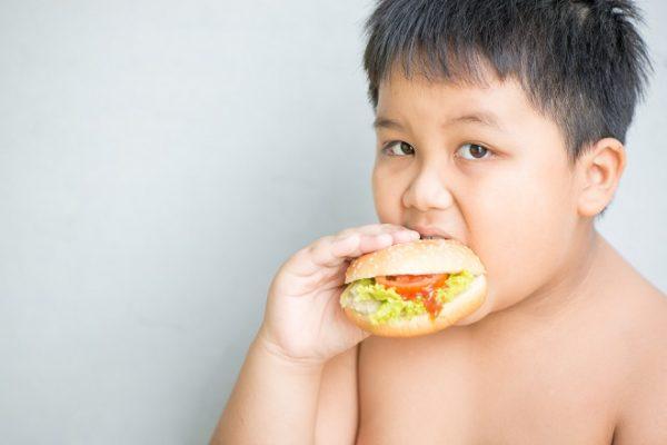 nguyên nhân thừa cân béo phì ở trẻ em