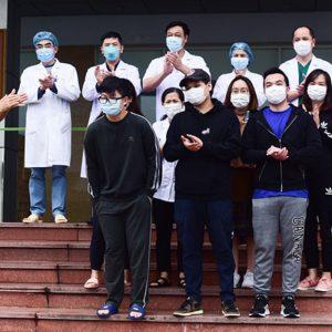Thêm 11 người bệnh nhân COVID-19 khỏi bệnh, Việt Nam đã chữa khỏi 75 ca tính đến 02/04