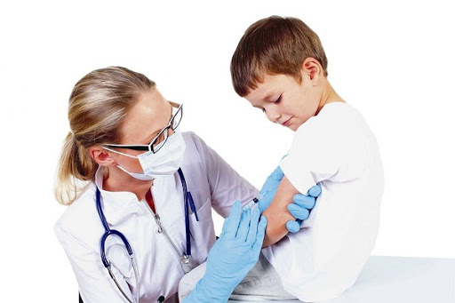 Suy giảm miễn dịch ở trẻ em cần được phát hiện sớm, để có biện pháp can thiệp kip thời giúp duy trì sức khỏe của trẻ và làm giảm nguy cơ tử vong. (ảnh minh họa)