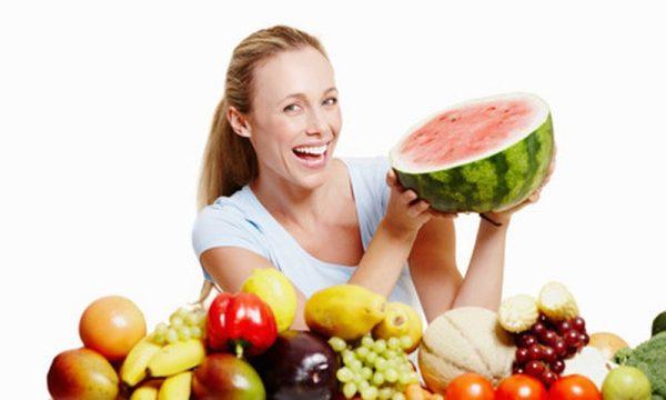 bổ sung ăn trái cây, rau tươi và bảo vệ da khi sống, làm việc trong môi trường ô nhiễm, nhiều bụi bẩn.