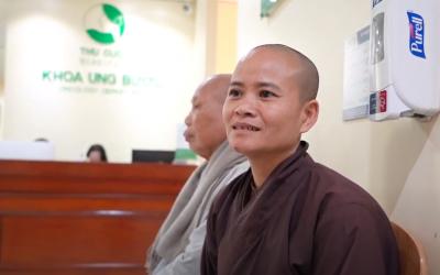 Sư thầy chia sẻ bí quyết chiến thắng ung thư tại Bệnh viện ĐKQT Thu Cúc