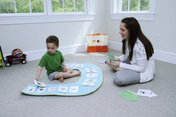 điều trị chứng tự kỷ ở trẻ em cha mẹ là yếu tố không thể thiếu