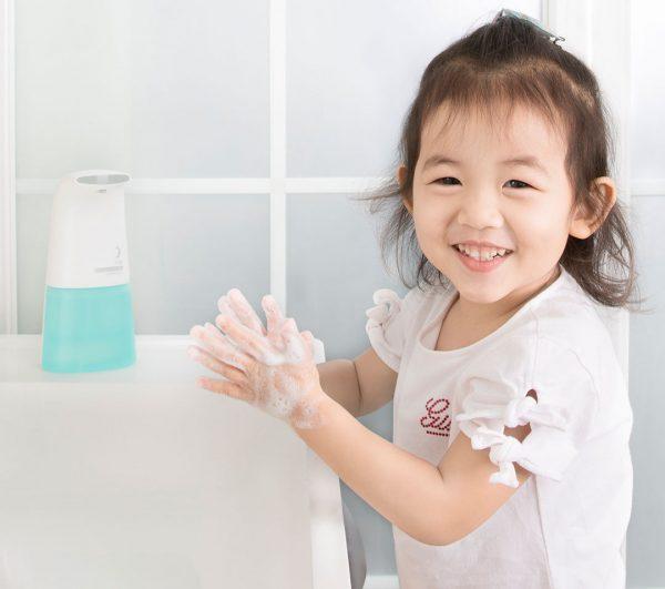 rửa tay giúp phòng bệnh cho trẻ
