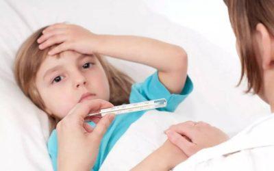 Viêm não ở trẻ em vào mùa phụ huynh cần lưu ý nếu bé có biểu hiện sau